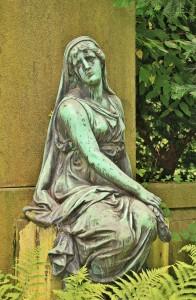 woman-1053537_1920